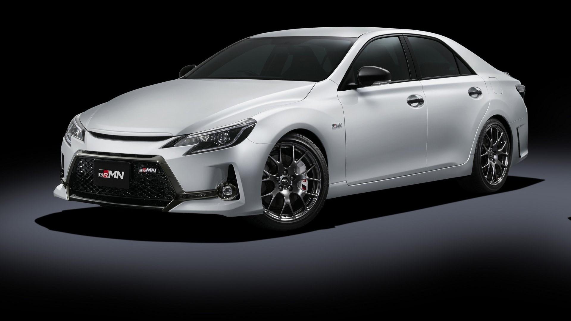 Из седана Toyota Mark X сделали идеальный автомобиль для водителя