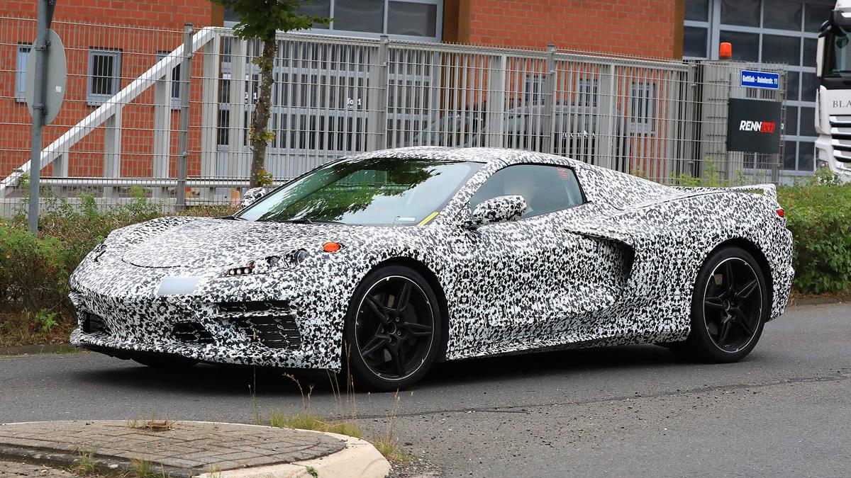Среднемоторный Chevrolet Corvette оказался настолько мощным, что ломает себя сам