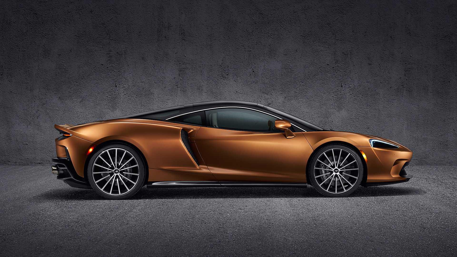 Новый суперкар McLaren оказался практичнее Октавии