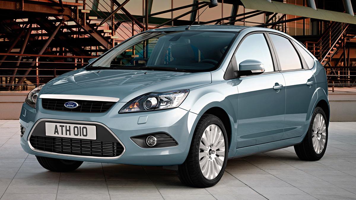 #7 Ford Focus. Бывший бестселлер российского рынка остаётся весьма массовым, в том числе и среди юрлиц. На них зарегистрированы 50,6 тысячи автомобилей — это 6,9% от всех «Фокусов» в России (737 тысяч штук).  Выбрать Ford Focus на Авто.ру