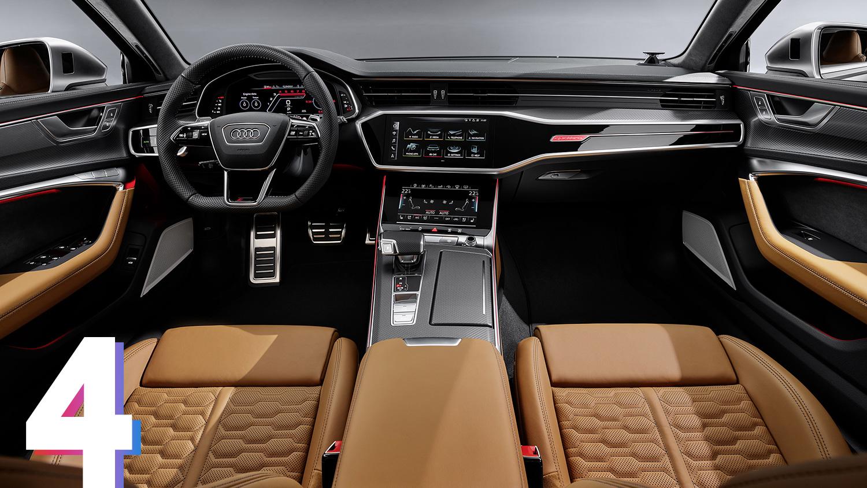 В салоне Audi RS6 Avant — спортивные сиденья, руль с усечённым ободом, особая графика цифровой панели приборов и мультимедийка, которая умеет показыватьуровень перегрузок или время круга на гоночном треке. Среди режимов движения появились два настраиваемыхRS1 и RS2, которые включаются отдельной кнопкой на руле. Вних можно регулировать отклик на педаль газа, жёсткость подвески, звучание выхлопа и многое другое.