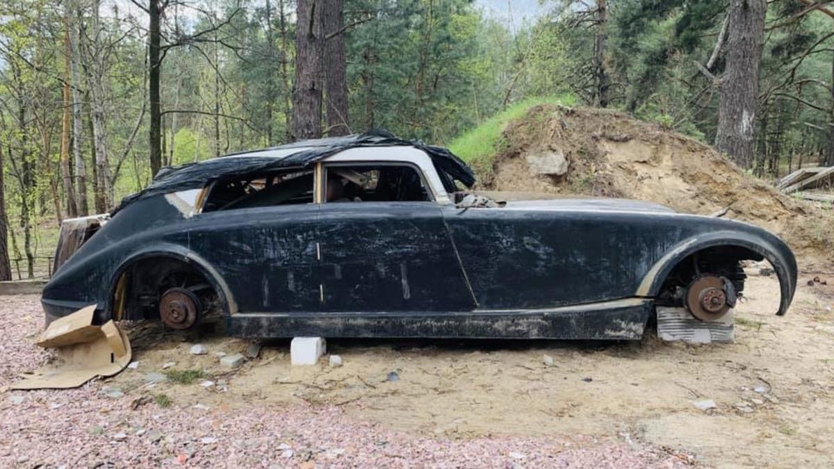 Под Киевом найдена реплика очень редкого Майбаха из 1930-х