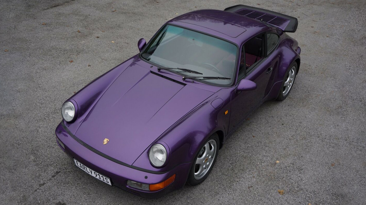 29-летний Porsche 911 без пробега оказался вдвое дороже нового