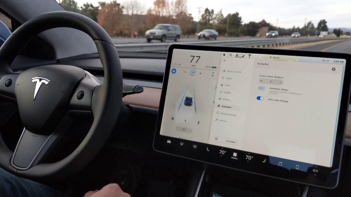 Илон Маск заявил, что полноценный автопилот увеличит цену любой Теслы вдвое