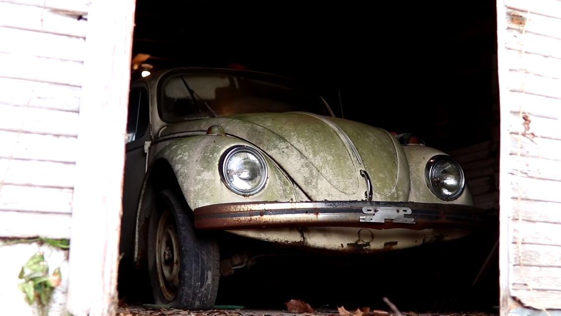 Видео дня: посмотрите, как Volkswagen Beetle оживает после 20-летнего простоя