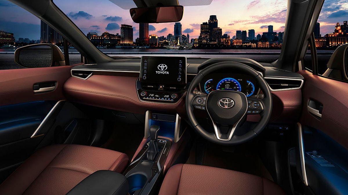 Toyota Corolla стала кроссовером