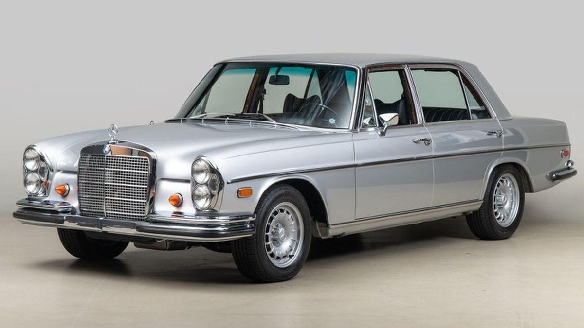 На продажу выставили суперседан Mercedes-Benz из 1960-х