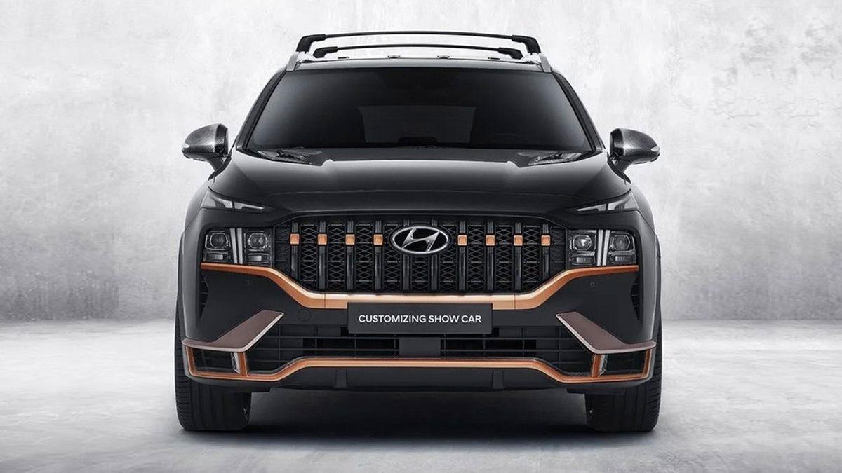Компания Hyundai «подогрела» обновлённый кроссовер Santa Fe
