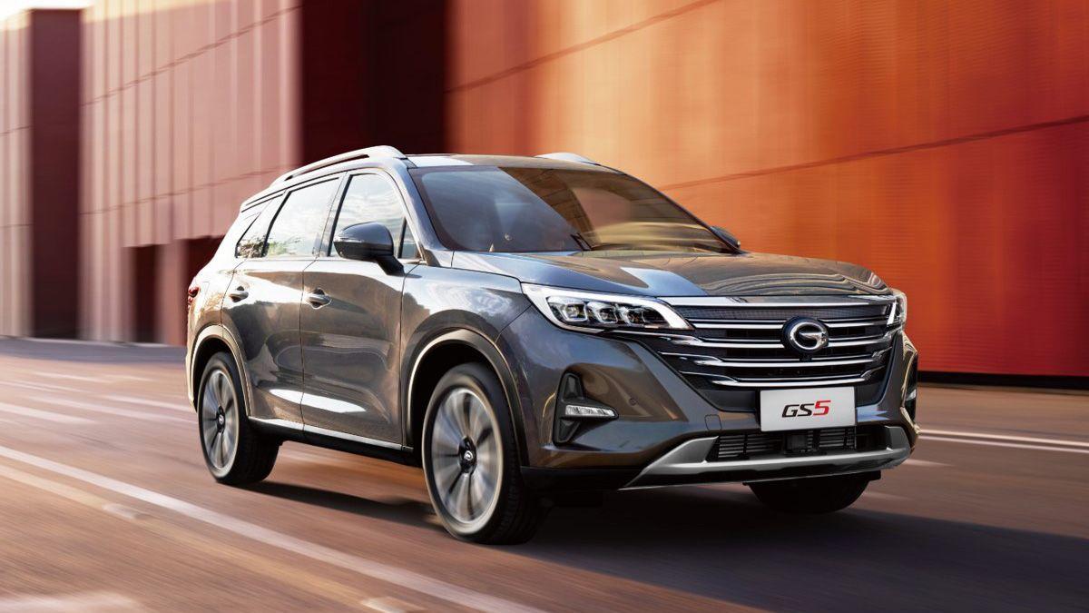 В России начались продажи китайского кроссовера GAC GS5