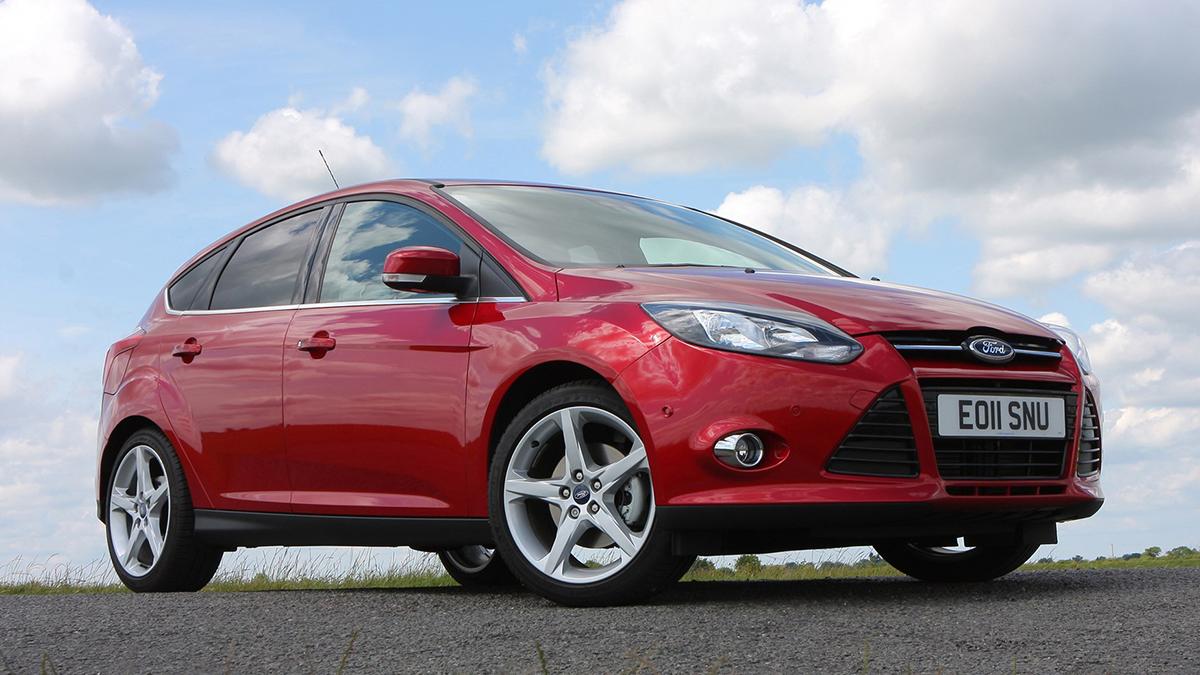 #1 Ford Focus Август, 2020 год: 13,5 тысячи штук  Динамика: плюс 8,9% Итого, 2020 год: 77,6 тысячи штук  Динамика: минус 10,4% Очень популярные Ford Focus на Авто.ру