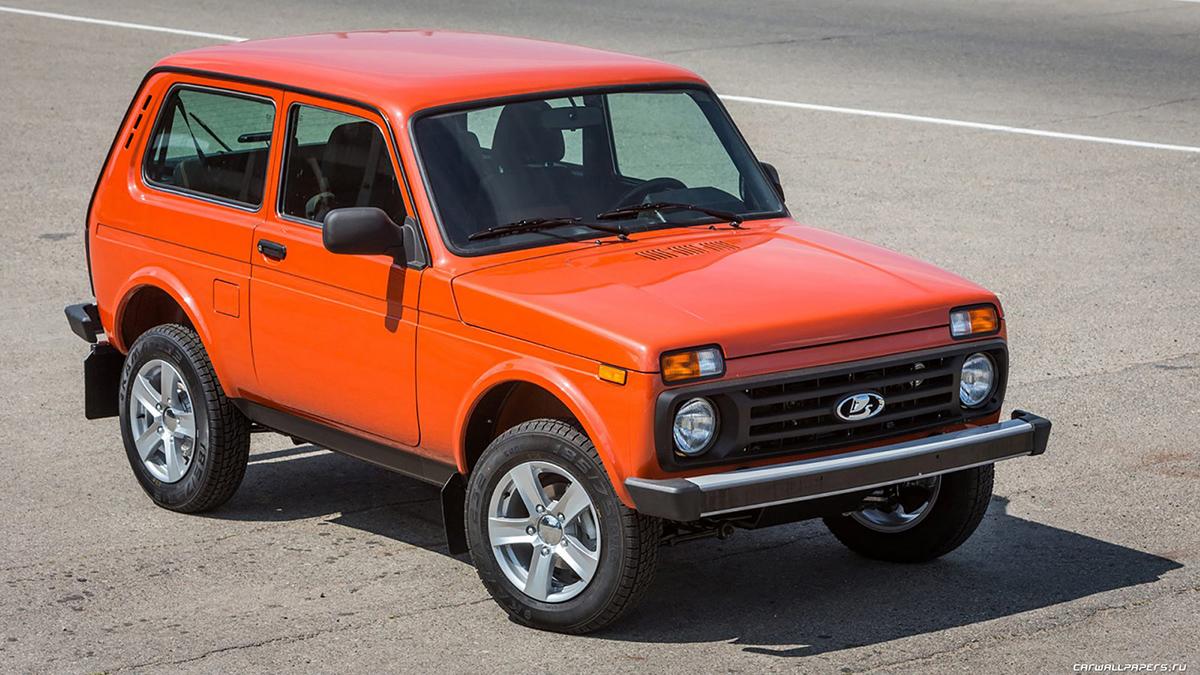 #10 Lada 4x4, 3-дверная Август, 2020 год: 8,5 тысячи штук  Динамика: плюс 3,5% Итого, 2020 год: 55,9 тысячи штук  Динамика: минус 5,9% Купить Lada 4x4 на Авто.ру