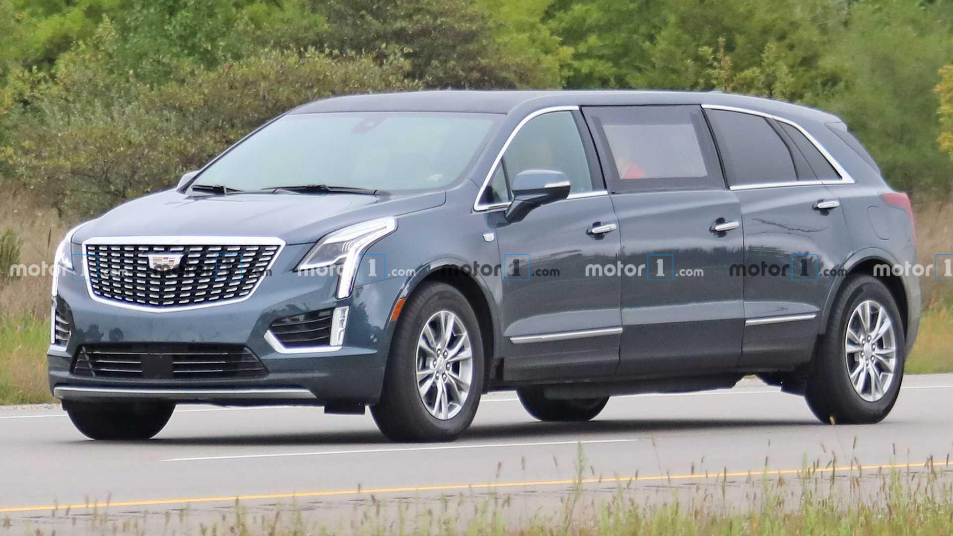 Компания Cadillac вывела на тесты таинственный кросс-лимузин