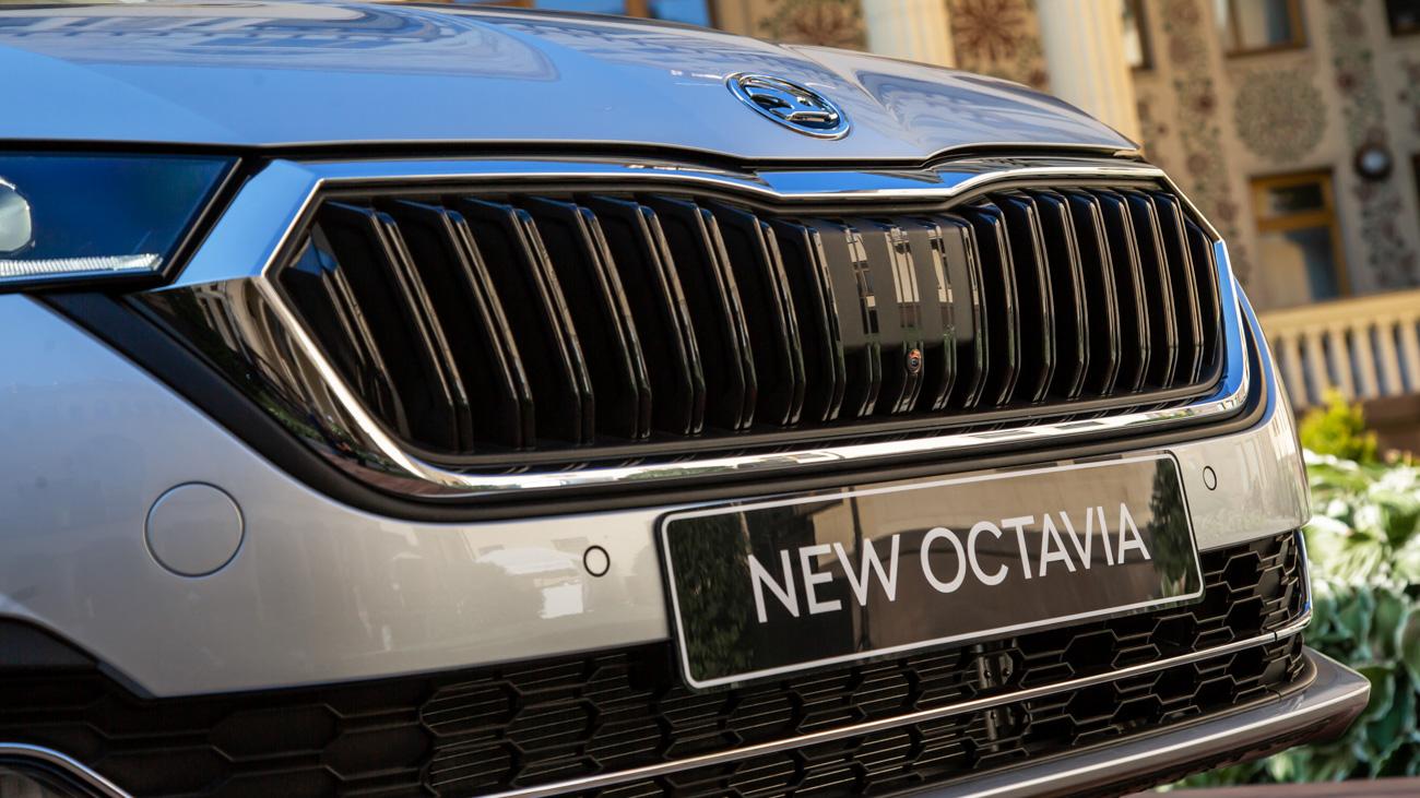 Перепрошилась: смотрим нановую Skoda Octavia исравниваем состарой