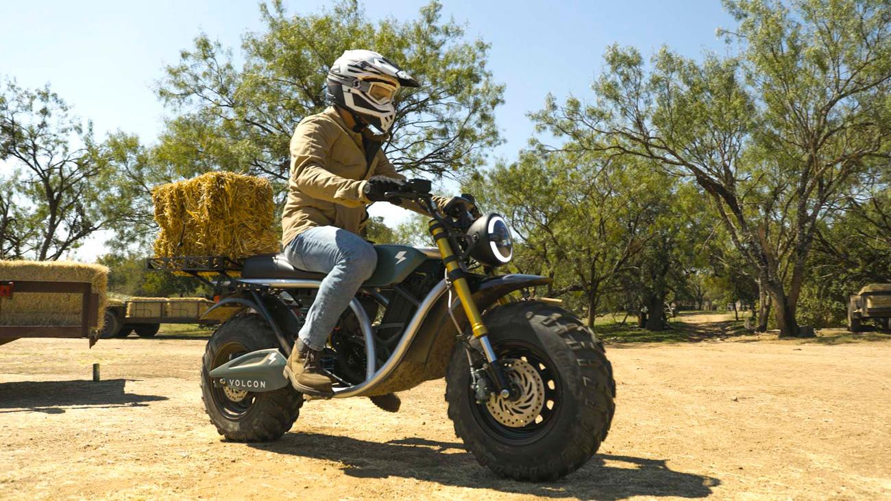 Американский стартап Volcon представил электрические мотоцикл и квадроциклы-вездеходы