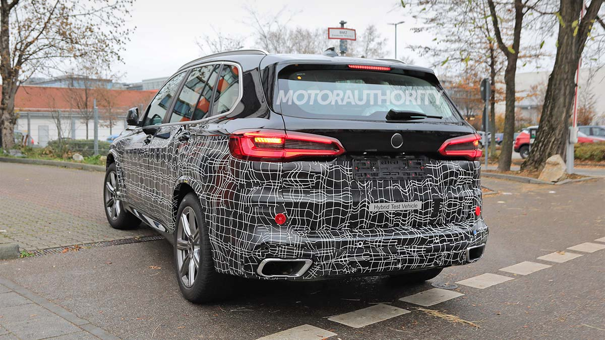 Загадочный прототип BMW X5 попал на фото