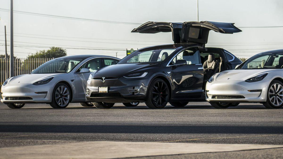 Электромобили Tesla подорожали в Европе