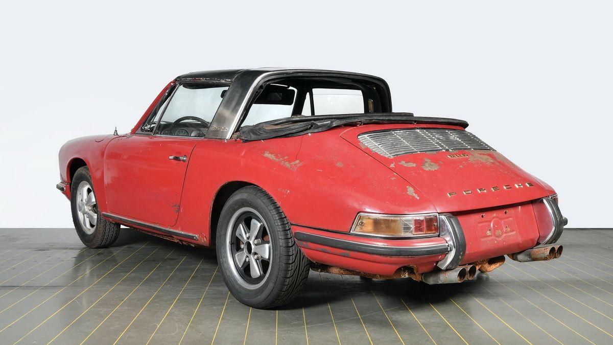 Взгляните, как круто отремонтировали самый первый Porsche 911 Targa
