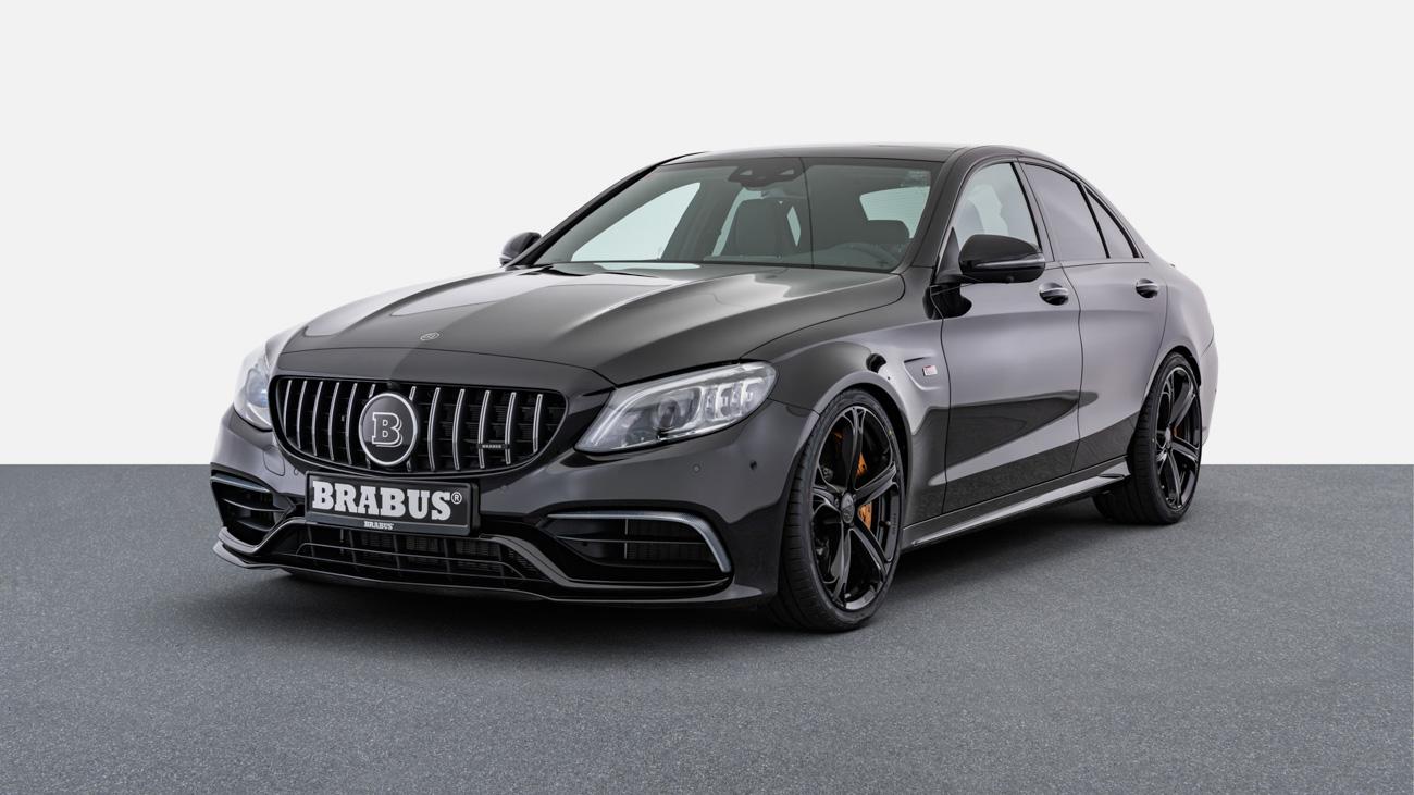 Очень злой Mercedes-Benz C-класса от Brabus продают с пробегом за 14 млн рублей
