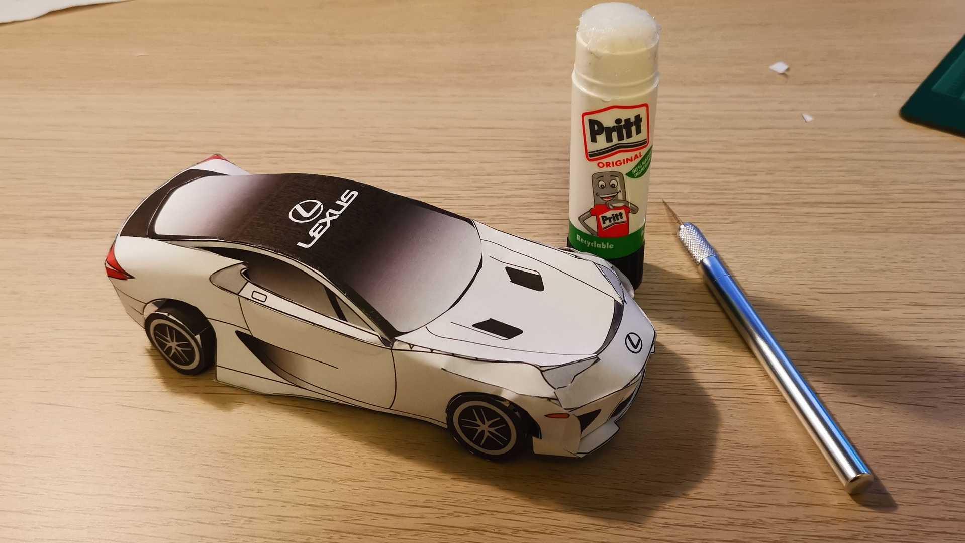 Суперкар Lexus LFA из бумаги: его можно распечатать и сделать за несколько минут
