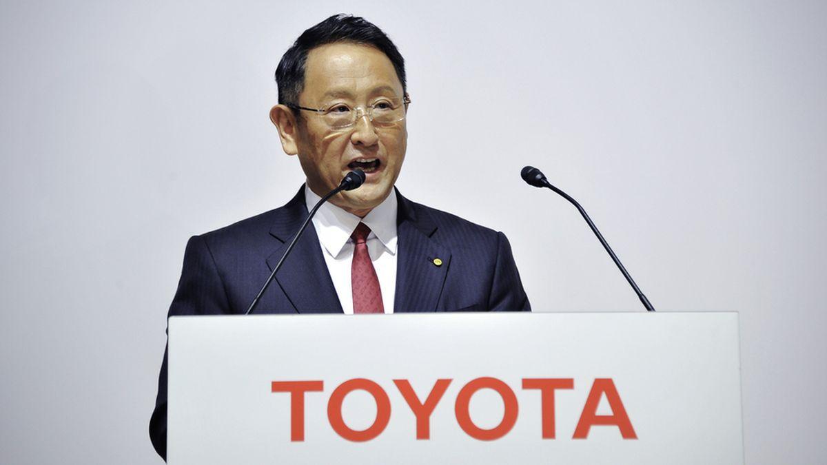 Президент Toyota назвал шумиху вокруг электромобилей «чрезмерной»