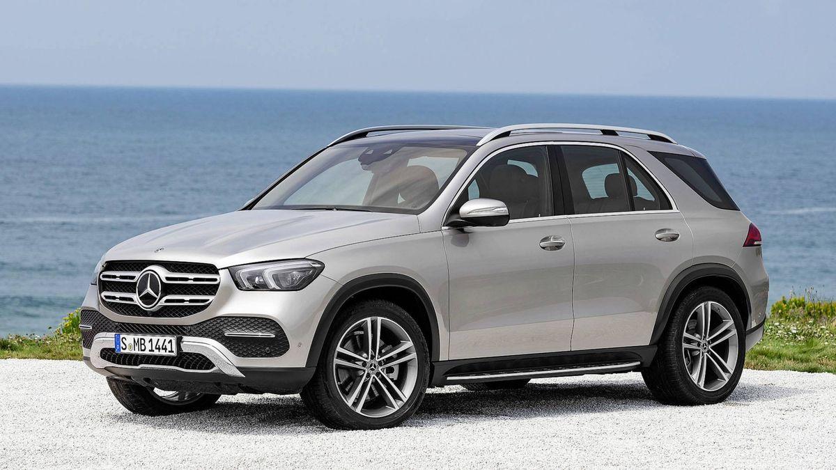 Кроссоверы Mercedes-Benz GLE отозвали в России из-за ремней безопасности