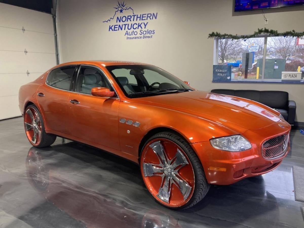 На продажу выставлен эксклюзивный Maserati Quattroporte на 26-дюймовых дисках. Недорого