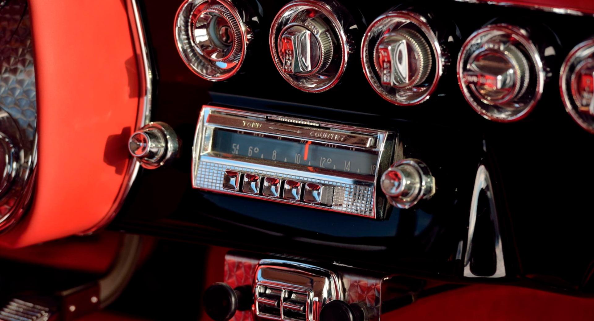 Редчайший итало-американский кабриолет продадут за 48 миллионов