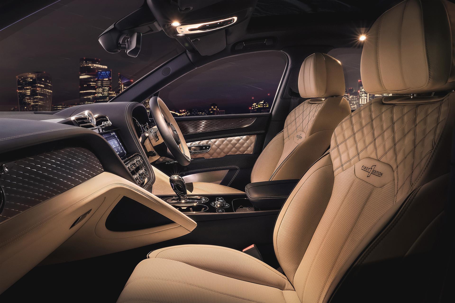 Bentley обновила гибридную версию кроссовера Bentayga