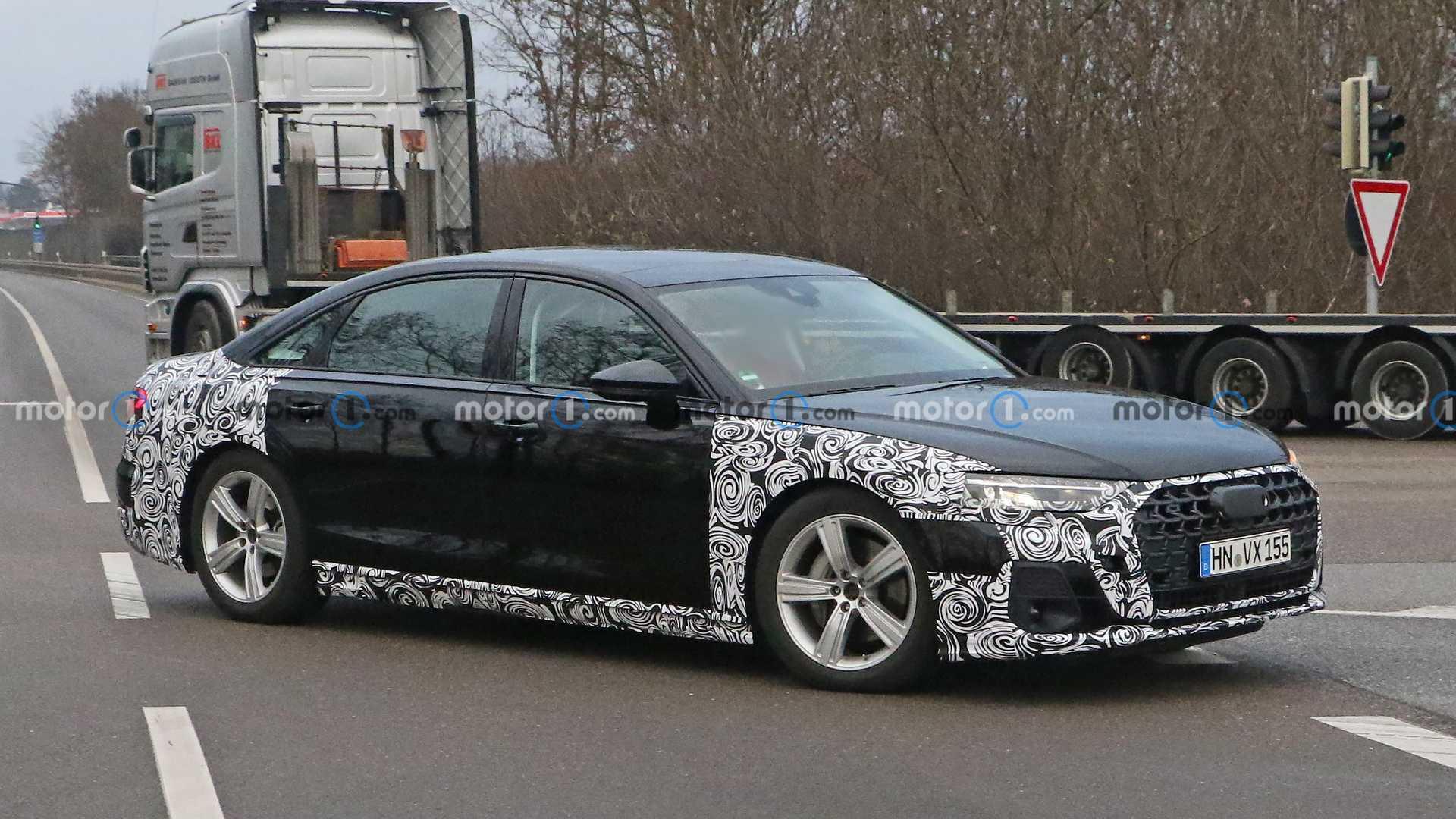 Audi вывела на тесты обновлённую версию A8: первые фото
