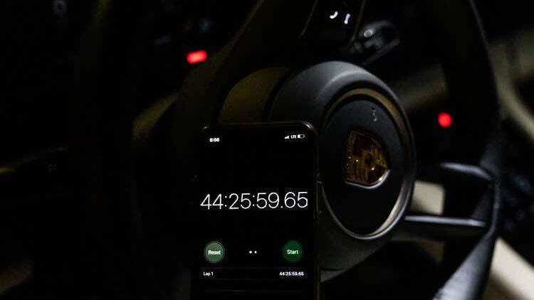 Porsche Taycan побил рекорд Tesla — на этот раз в гонке через всю Америку