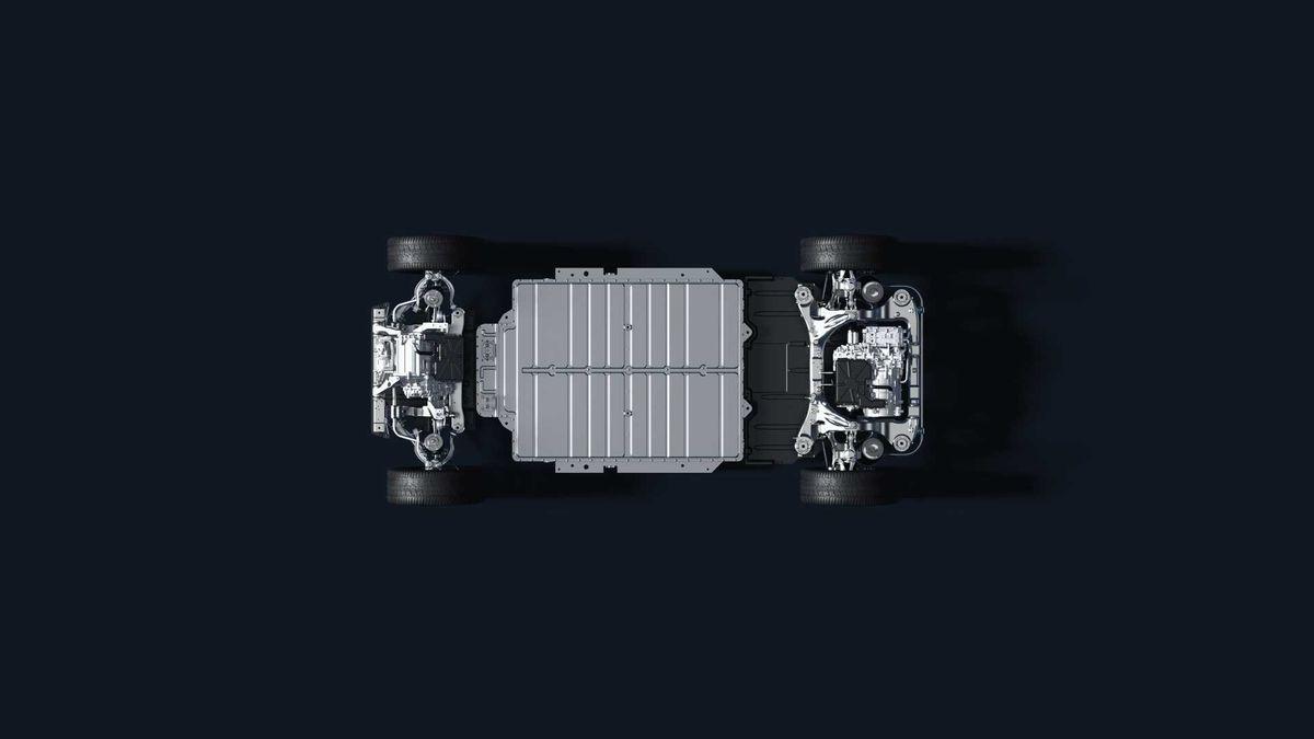 500 километров хода в «базе» и автопилот по подписке: представлен китайский электроседан NIO ET7