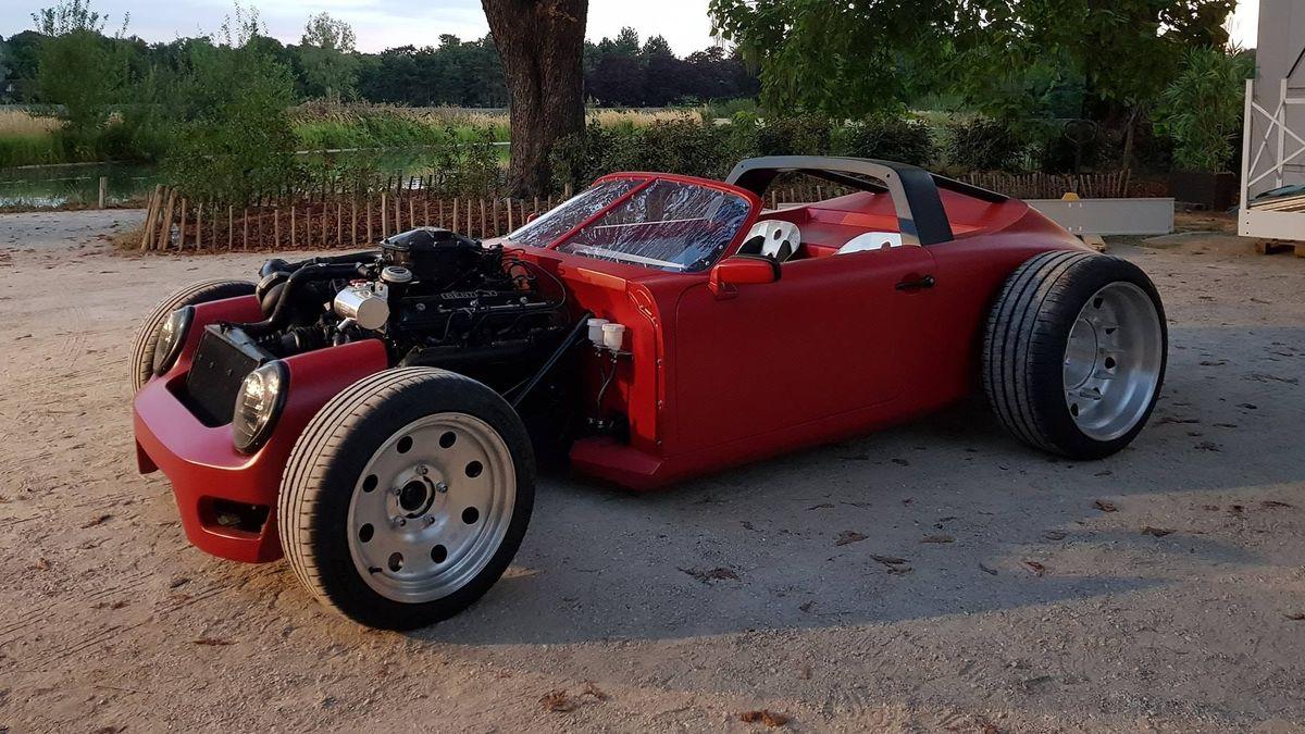 Сумасшедший хот-род из Porsche и Bentley хотят продать всего за миллион рублей
