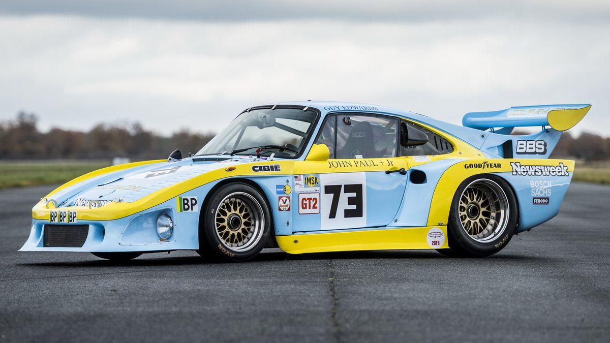 На торги выставили легендарный гоночный Porsche — он почти выиграл «24 часа Ле-Мана»