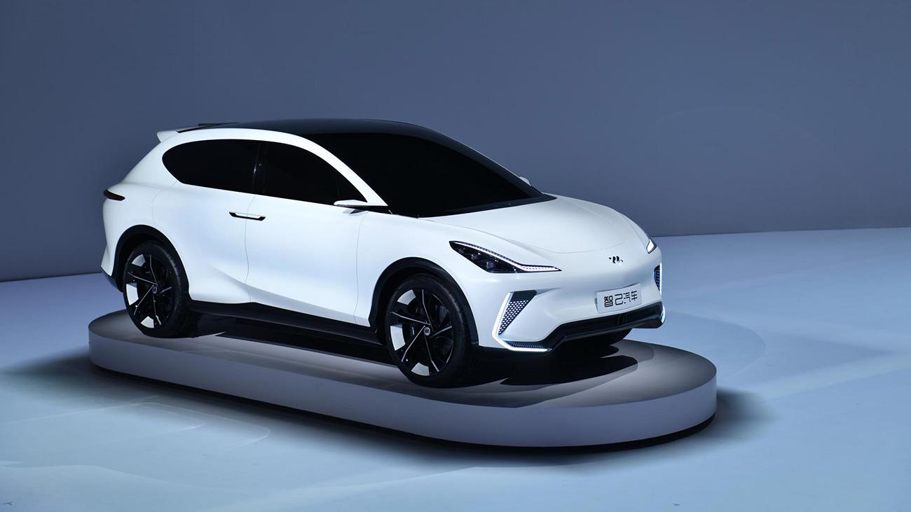 Китайский ответ Тесле: Alibaba показал первые электромобили