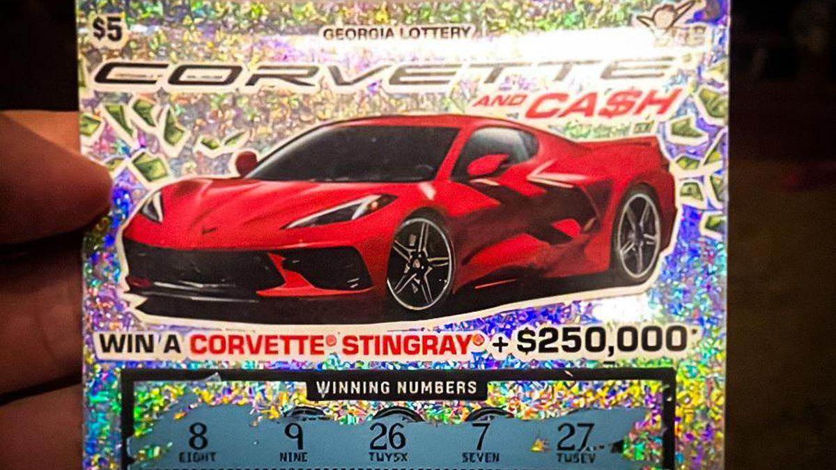 Американец не может получить выигранный в лотерею Chevrolet Corvette, и вот почему