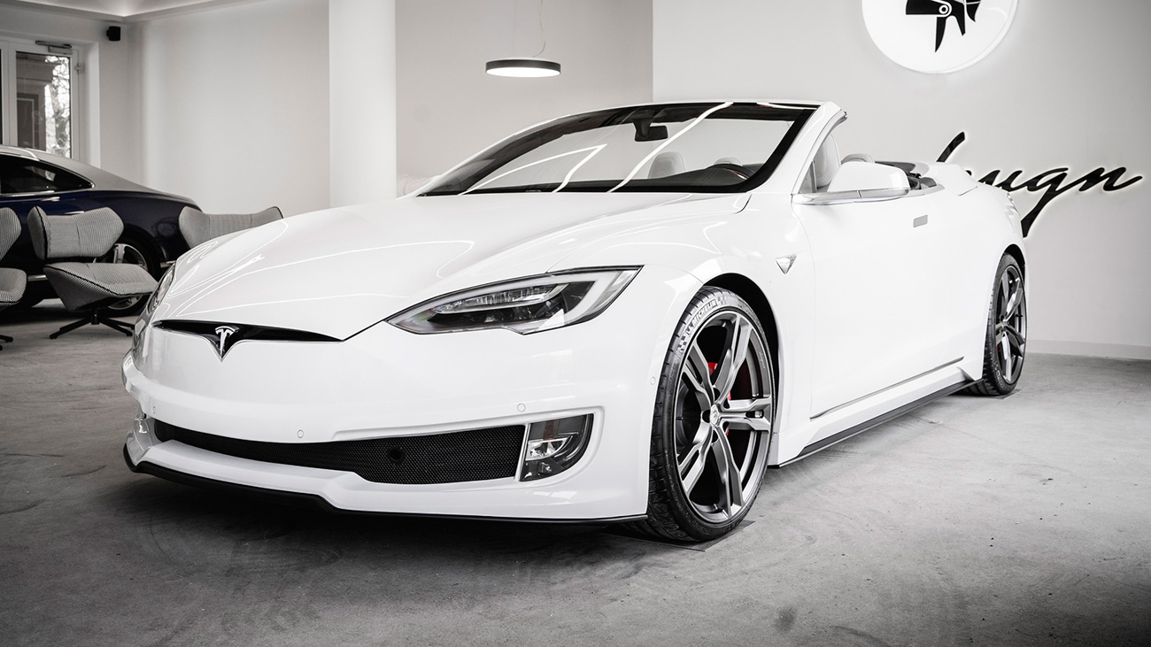 Итальянцы переделали Tesla Model S в двухдверный кабриолет с крышей от Bentley