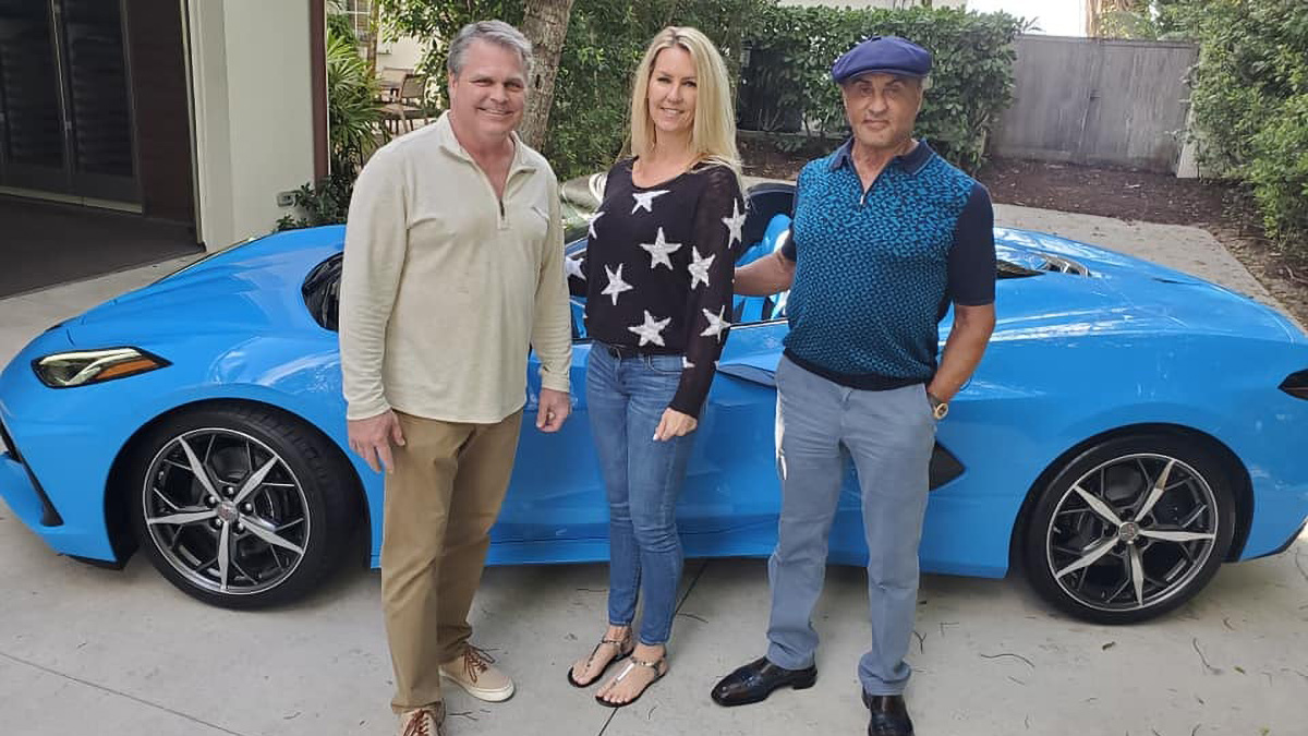 Сильвестр Сталлоне купил новый Chevrolet Corvette — похоже, без очереди