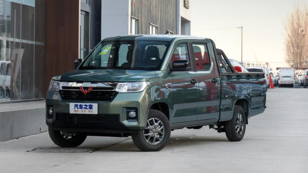 Ещё не поступивший в продажу аналог УАЗ Пикап в Китае заказали 4000 раз