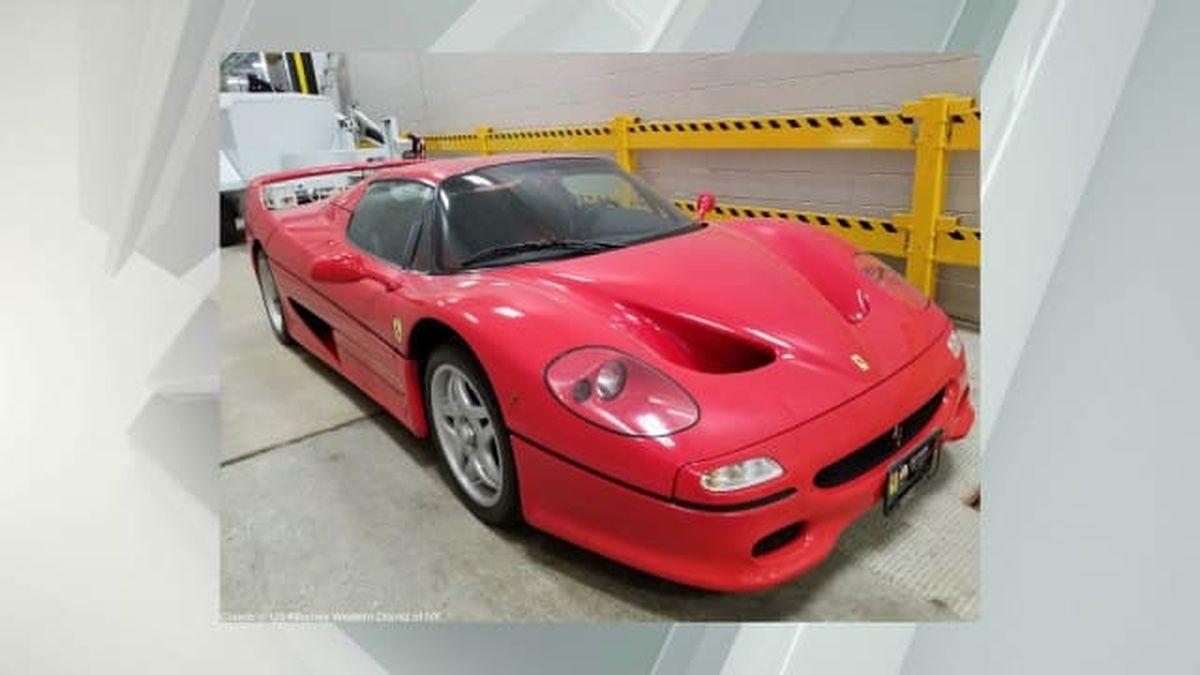 Заберите Ferrari: полиция США ищет владельца суперкара, угнанного 20 лет назад