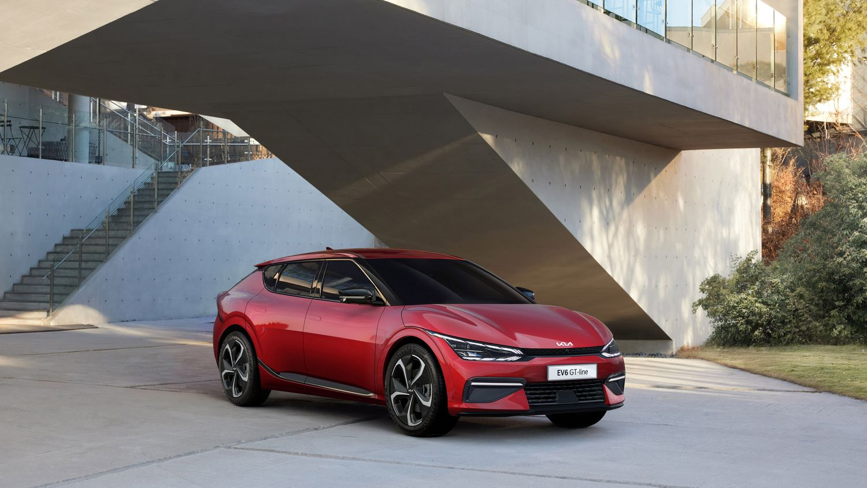 У Kia появился электрический суперкроссовер: 585 сил и 3,5 секунды до сотни