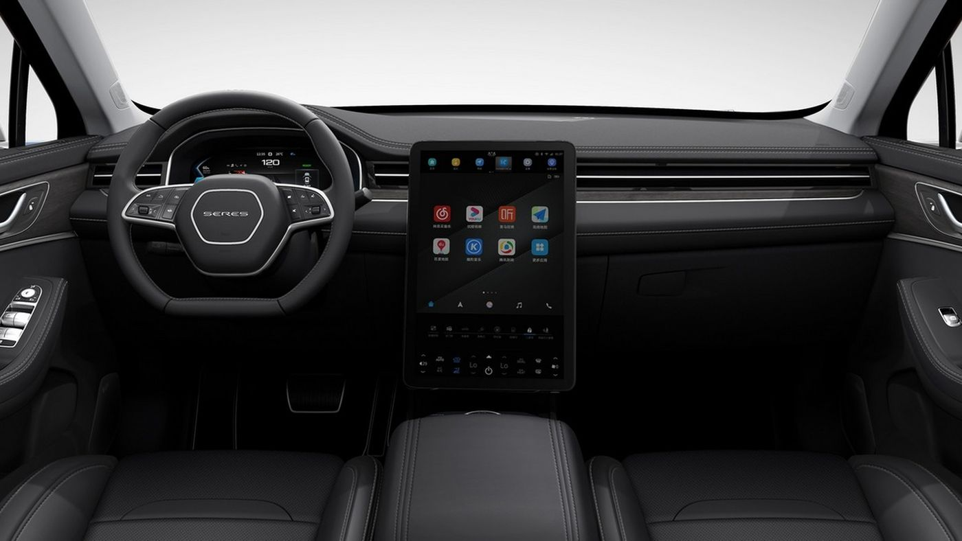 Компания Huawei показала первый автомобиль: 550 сил и 1000 километров без подзарядки