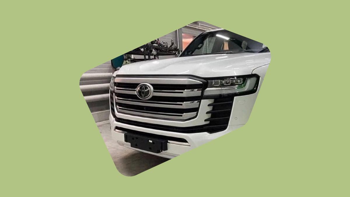 Фото нового Toyota Land Cruiser, штрафы за фары и шины и другие события дня