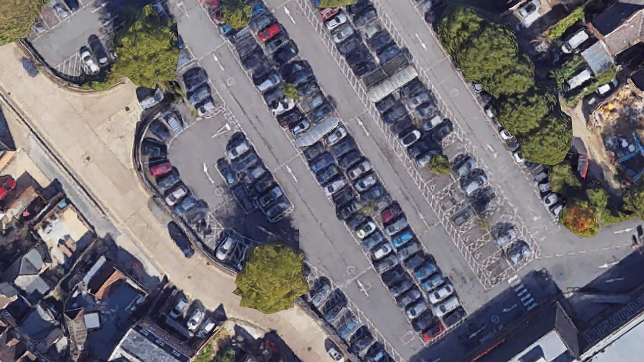 Британец потратил 6 лет на изучение 211 мест на парковке у супермаркета. И вычислил лучшее